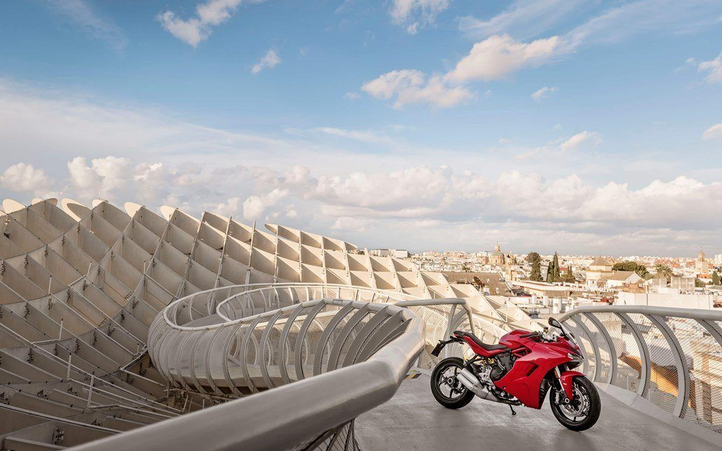 Ducati SupersportS 2017 10